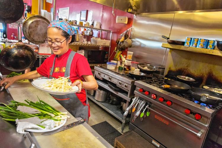 Hattapon S Thai Kitchen