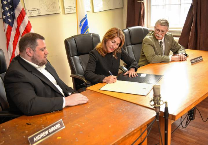 Lt. Gov. Polito signs Community Compact with Bernardston, Whately