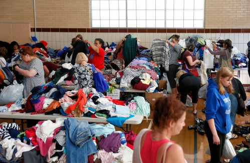 Greenfield YMCA hosts 9th annual free clothing store