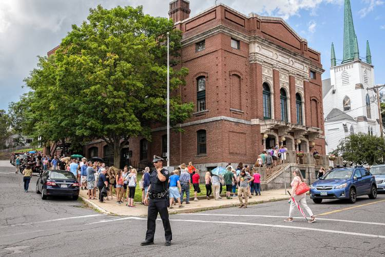 The recorder 1 500 line streets of orange to audition for 18 terrace street orange ma