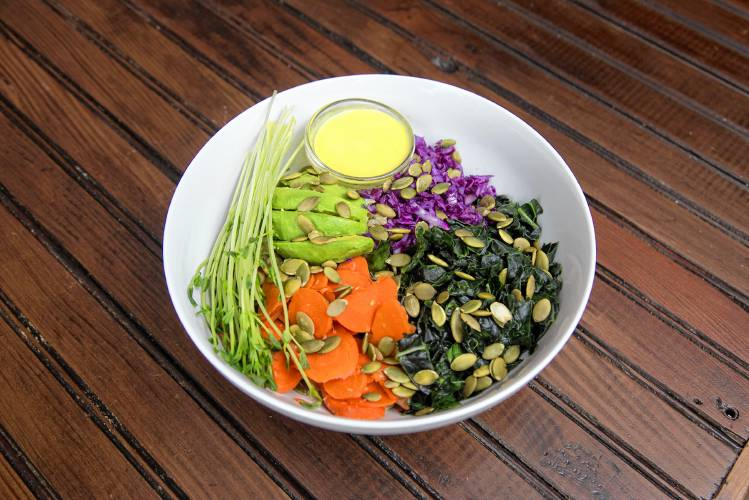 The Recorder – Vegetarian cafe finds healthful dwelling in community foodstuff world-wide-web