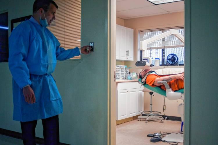 The Recorder Jailhouse Dentist Says Treating Inmates Has Enhanced
