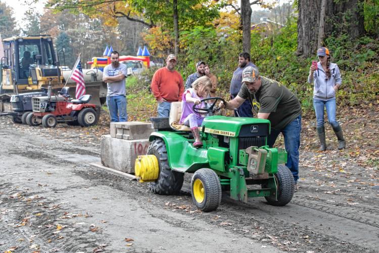 Garden tractor puller Tractor pulling t Tractors