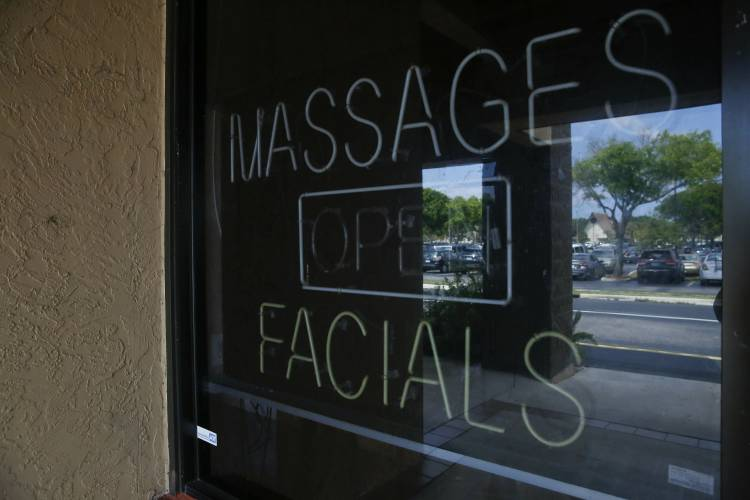 The Recorder - Judge orders Kraft massage video not be released for now