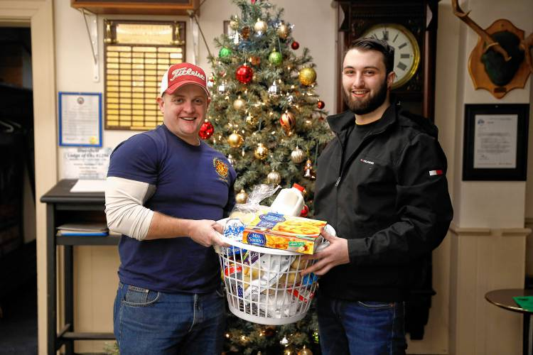 Greenfield Elks Christmas Party 2020 The Recorder   Greenfield Elks deliver Christmas dinners to