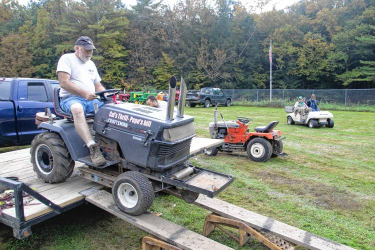 The Recorder Garden Tractor Event Pulls In A Younger Crowd