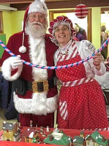 ab1da20e49e55 Becki and Lenny Stratton of Shelburne as Mr. and Mrs. Santa Claus.  CONTRIBUTED PHOTO