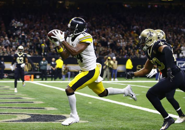 d92e6b728 The Recorder - AP Source  Antonio Brown asks Steelers for trade