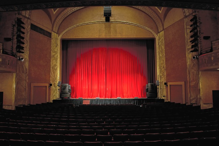 Silverthorne Theater To Celebrate Inclusion With U0027ghost Lightu0027