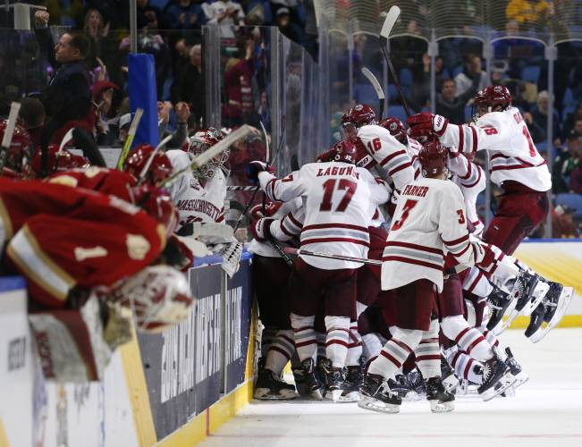 The Recorder Umass Battles Through Adversity For Overtime Win Over